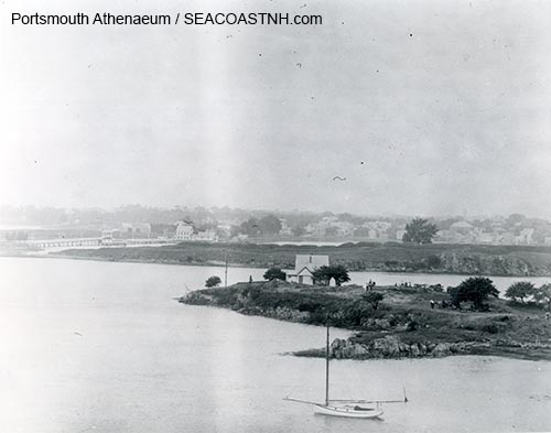 Henderson's Point, POrtsmouth Harbor, before the 1905 blast / Portsmouth Athenaeum photo