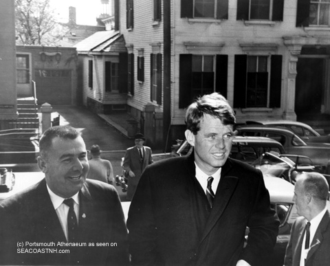 Robert Kennedy campagining in Portsmouth, NH in 1960