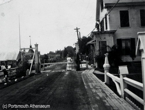 New Castle to Portsmouth Toll Bridge (c0 Portsmouth Athenaeum