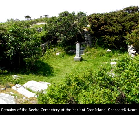 Beebe Cemetery on Star Island / J. Dennis Robinson photo