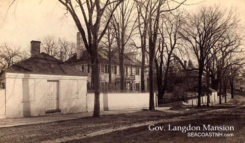 Langdon_House_Pleasant_Street