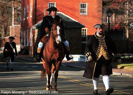 Paul Revere rides into Portsmouth, NH / Morang Photo